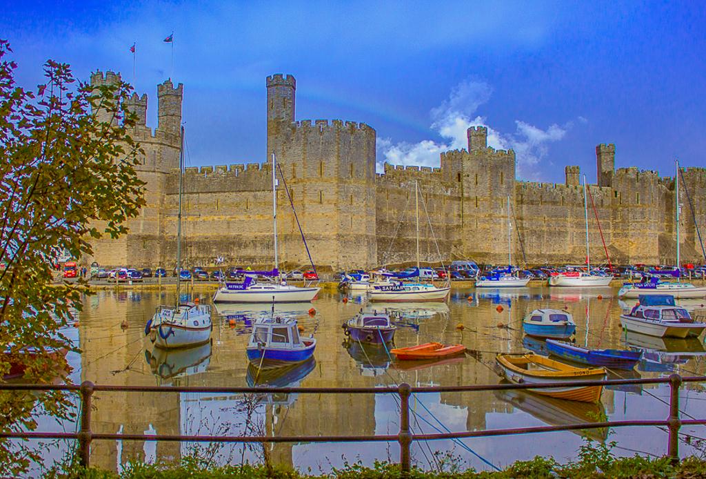 Welsh Castles: CaernarfonCastle